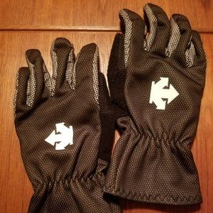 Descente Gloves